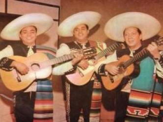 Besame Mucho – by Trio Los Panchos